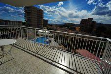 Apartamento con piscina en la zona de Playa Heliopolis