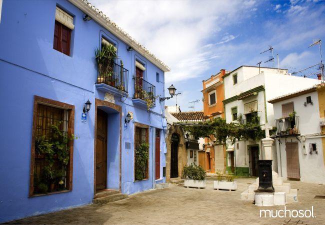 Villa con amplio jardín en Els Poblets - Ref. 76618-20