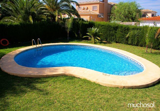Villa en tranquilo residencial - Ref. 76508-12
