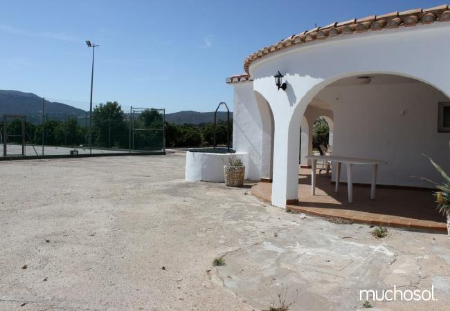 Villa con piscina y pista de tenis privada - Ref. 110512-5