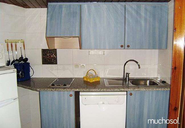 Apartamentos a 50 metros de la estación de Grandvalira - Ref. 63452-9