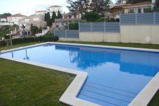 Apartamento con piscina en Llança