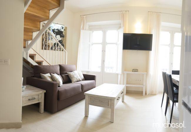 Apartamento de 1 habitación a 2000 m de la playa en Málaga ciudad - Ref. 126710-1