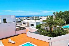 Villa en Puerto del Carmen a 800 m de la playa