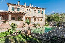 Villa con piscina en Puigpunyent