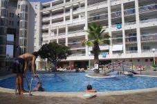 Apartamento con piscina en Salou