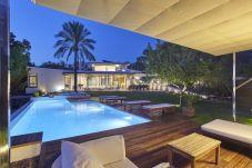 Villa de 5 habitaciones a 1500 m de la playa