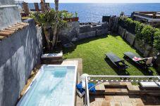 Villa con piscina en Santa Tecla di Acireale