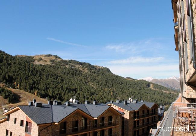 Complejo de estudios en Soldeu con bonitas vistas a la montaña - Ref. 114356-16