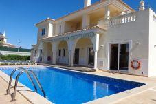 Villa para 10 personas con vistas a la piscina